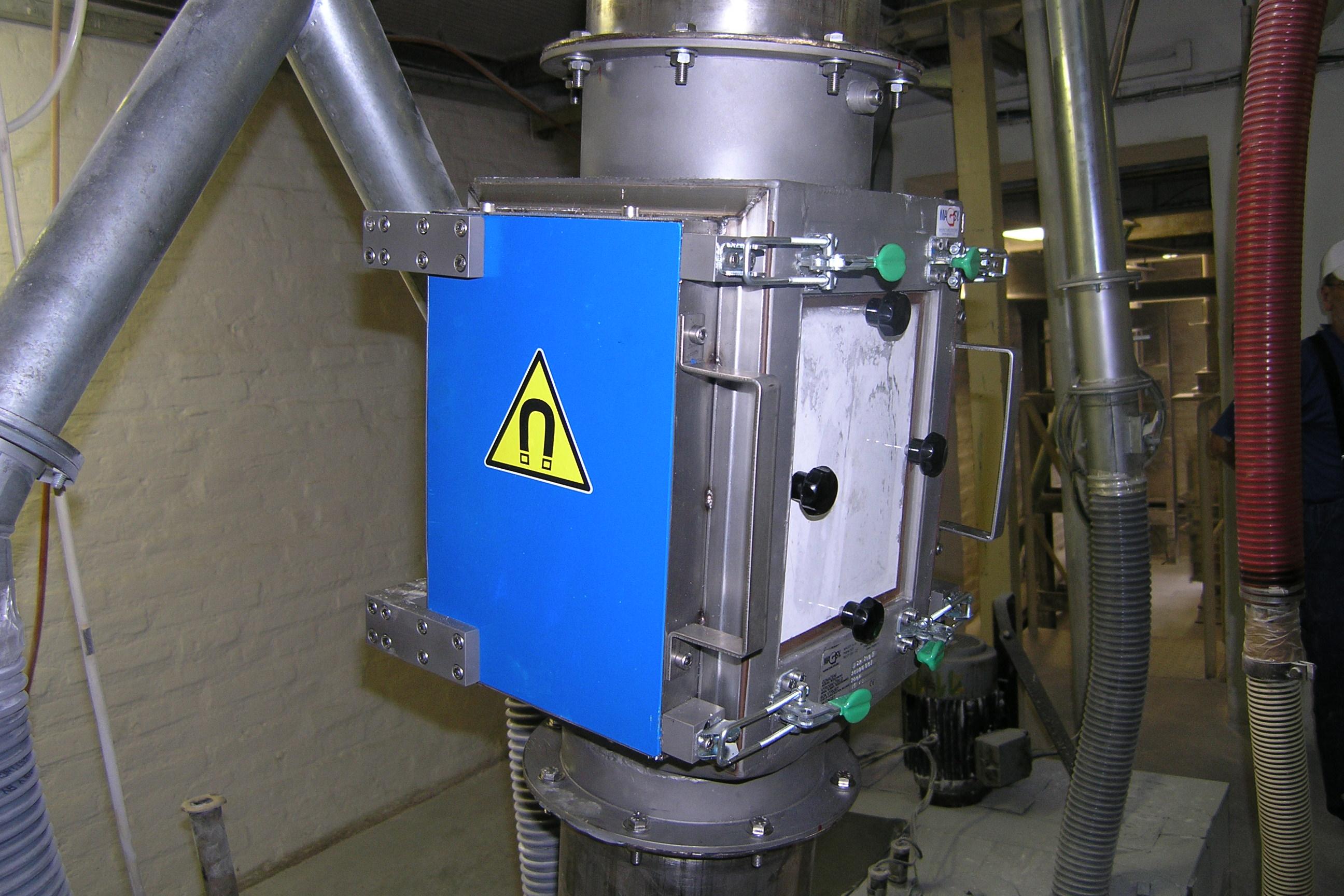 Deskový magnetický separátor MSP / Magnetická lucerna